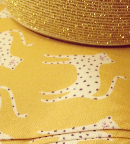 merceriecreative-dashwoodstudio-diychristmas-lurex-elastiquelurex-jaune-leopard.jpg