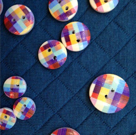 mercerie-créative-mercerie-boutonscolores-francestelladuval-molleton-bleucanard-multicolor-boutonsenfants-clisson-vignoblenantais.jpg